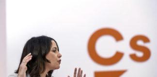Inés Arrimadas y Antón Pirulero